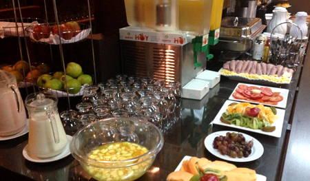 hotel alvear desayuno buffet