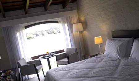 habitación hotel lago carrasco