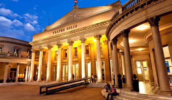 teatro solis en ciudad vieja