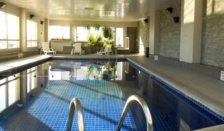 piscina holiday inn montevideo