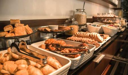desayuno hotel vivaldi punta carretas
