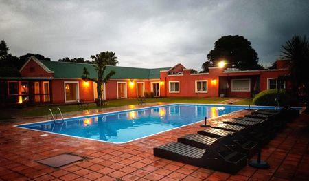 piscina casa del sol hotel y restaurante