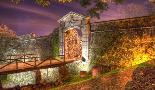 puerta de la ciudadela colonia del sacramento