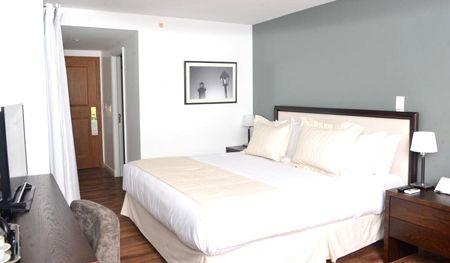 habitación hotel radisson colonia del sacramento