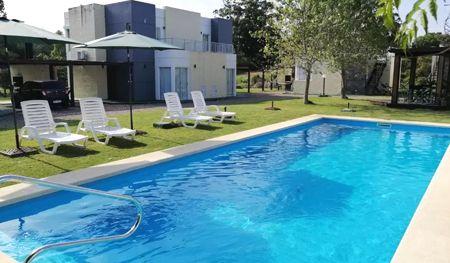 piscina hotel las martinas piriápolis