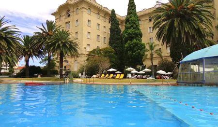 piscina hotel argentino en piriápolis